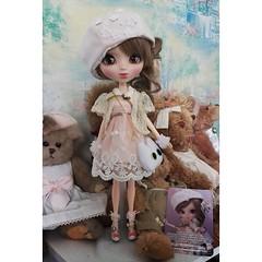 Elena - Pullip Callie (ZebadaPullip) Tags: bear pink cute curls collection planning elena passion groove pullip callie junplanning pullipstyle zebada