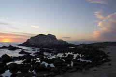 Puesta de Sol en Reaca (CCurotto) Tags: ocean chile sunset sea sol birds clouds de landscape mar nikon colours pacific paisaje colores nubes mm 1855 puesta pacfico reaca ocano d3100