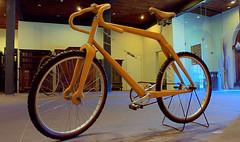 Modern wooden bike ! (tusuwe.groeber) Tags: street bike modern germany deutschland design wooden break tour sony rad rder streetlife exhibitio