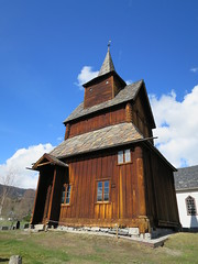 Torpo Stave Church,  l, Hallingdal, Buskerud, Norway (Loeffle) Tags: church norway norge day norwegen kirche clear eglise stavechurch kirke noreg stabkirche hallingdal buskerud torpo l 042015 torpostavechurch