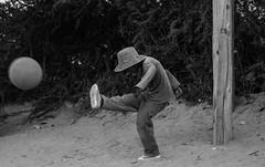 Dale pequein, pegale al arco (Color Humano.) Tags: playing football kid nio humahuaca jugando pelota