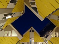 Kubuswoningen - Cube houses (louisamaria) Tags: holland netherlands architecture rotterdam blaak nederland architect cube kubus cubehouses kubuswoningen oudehaven pietblom blaaksebos