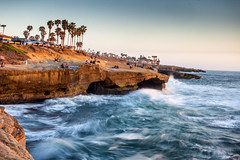Waiting for the Green Flash: Sunset Cliffs, San Diego, CA (Photos By Clark) Tags: california longexposure water palms waiting waves unitedstates pacific sandiego cities places location cliffs where gradient northamerica nik subjects lightroom locale canon2470 beachshots canon60d colorefx