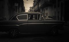 Streets of Havana - Cuba (IV2K) Tags: street blackandwhite dark sony havana cuba castro caribbean cuban habana kuba fidelcastro lahabana rx2 centrohabana centrohavana