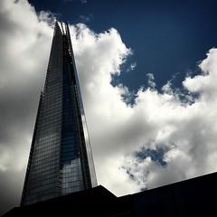 Londra: The Shard (falco di luna) Tags: london grattacielo shard londra cityoflondon grattacieli theshard instagram instatravel instapost