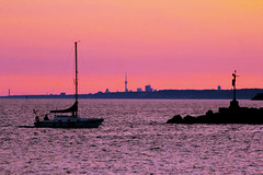 Guy in a Boat #2 (KMG Pictures) Tags: sunset lake toronto silhouette sailboat sundown outdoor lakeontario