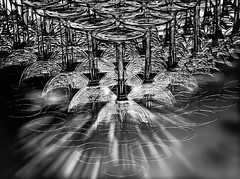 Destellos de cristal (LL Poems) Tags: espaa abstract art lights europa flickr glow noiretblanc fine cristal brightness destellos tejuelo jatejuelo