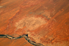 2016_06_02_lax-ewr_442 (dsearls) Tags: river utah flying desert aviation united country canyon aerial erosion rivers geology ual canyons arid aerialphotography jurassic stratigraphy unitedairlines windowseat windowshot weathering 20160602