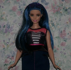Curvy Barbie (KasiesCloset) Tags: toys dolls play barbie curvy plastic mattel collectibles plasticpeople dollcollections fashiondolls playscale curvybarbie