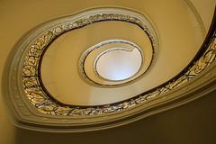 Golden cut (Elbmaedchen) Tags: berlin stairs stairwell staircase rund escaleras quadratisch escaliers treppenhaus ephraimpalais treppenauge