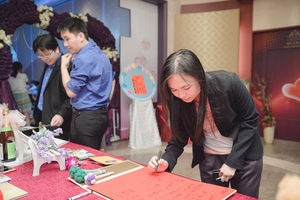婚禮攝影-台南情定婚宴城堡永康館-36