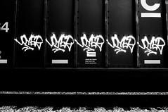 "VOYER V DLR • <a style=""font-size:0.8em;"" href=""http://www.flickr.com/photos/80423674@N07/28095719493/"" target=""_blank"">View on Flickr</a>"