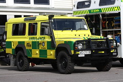WD 2870 (ambodavenz) Tags: new rover ambulance vehicles zealand land defender