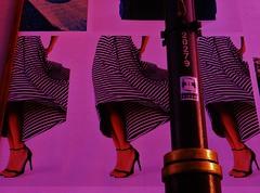 'rokjes'dag (JoséDay) Tags: streetart art colours rokken newsitems rokjesdag skirtday lajournéedelajupe zwierenderokken onzinnieuws wavingskirts