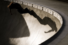 RRS01517 (zzra) Tags: shadow silhouette skateboard