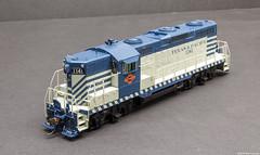 Texas & Pacific 1141 (Engine Shed) Tags: scale model trains hobby ho genesis modelrailroad hoscale hogauge railroading gp9 athearn piszczek g62750