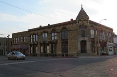 Rush hour in Lincoln, Kansas (jimsawthat) Tags: architecture quiet lincoln kansas rushhour smalltown lateafternoon