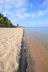 Unspoiled (jess_clifton) Tags: shadow lines horizon shoreline upperpeninsula lakesuperior linear m28