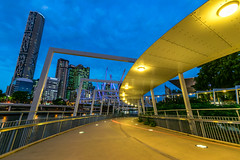 Kurilpa Curves, Brisbane (stephenk1977) Tags: bridge tower river twilight nikon dusk infinity australia wideangle brisbane qld queensland bluehour kurilpa d3300
