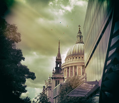 St Paul's Cathedral  - London Suprise Party (On Explore 24th Jun 2016) (Simon & His Camera) Tags: city light sky urban cloud building london skyline architecture balloons outdoor stpauls explore dome iconic simonandhiscamera