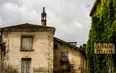 Ivy Patisserie (PDKImages) Tags: old windows france church monochrome beauty abbey architecture ginger curves bordeaux shutters balconies stemillion brantome