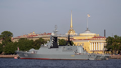 "Project 20380 corvette """" (""Perky"") moored near the Admiralty for Navy day in SPb (Suicidal_zombie) Tags: russia russie saintpetersburg stpetersburg neva bigneva corvette admiralty navy navyday water river"