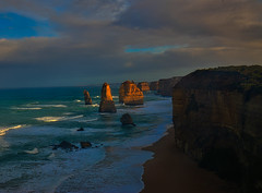 12 Apostles (Farhat M) Tags: hoyafilter lee 1635mm canon70d seascape landscape sunrise twelveapostles greatoceanroad ocean victoria sand sun beach surf gibsonsteps waves swimming surfing rock mountain hills clouds sky