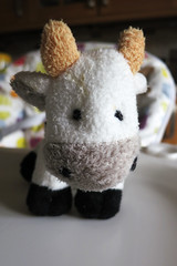 Cow Goes Moo (Jon Pinder) Tags: canon toy cow stuffed powershot cuddle childrens