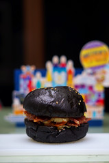 Black Burger (potopotato) Tags: food indonesia surabaya yummyfood foodphotography deliciousfood exoticfood nicefood alpharian blackburger sonyslta37 potopotato