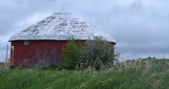 Octagonal or Circular Barn, M-66 (Art and Nature-Mike Sherman) Tags: barn photo michigan m66 midmichigan osceolacounty
