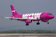 WOW Air - Airbus A320-232 TF-BRO @ Bristol Lulsgate (Shaun Grist) Tags: wow bristol airport purple aircraft aviation landing airline airbus aeroplanes a320 brs bristolairport lulsgate avgeek eggd shaungrist bristollulsgate tfbro