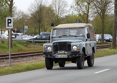 Classic Landy (The Rubberbandman) Tags: auto road street uk red england 3 english classic up car germany shiny offroad britain outdoor iii main great plate rover german license gb land series british beaten serie landy fahrzeug defender laster oltimer bruchhausen vilsen
