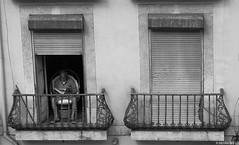 Lisbonne (NICOLAS BELLO) Tags: city light people blackandwhite bw monochrome amazing noiretblanc lisboa lumiere lisbonne baw