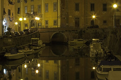 Una notte allo specchio / A night in the mirror (Livorno, Tuscany, Italy) (AndreaPucci) Tags: venice italy night little district tuscany venezia livorno canoneos60 andreapucci