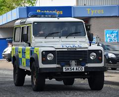 SK54ACO (Cobalt271) Tags: scotland 110 police semper landrover defender viglio sk54aco