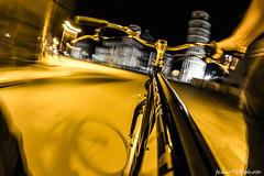 Road to miracle (Fabio75Photo) Tags: white yellow night miracle mani giallo bici luci piazza velocity bianco notte lampioni dita canna velocit bicicletta miracoli piazzadeimiracoli anello torredipisa citybike freno manubrio pedalare
