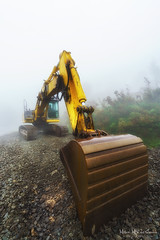 Excavadora (Mimadeo) Tags: tractor industry yellow fog work site bucket construction power foggy machine equipment machinery soil dirt vehicle shovel loader heavy bulldozer scoop mover digger excavator excavation hydraulic