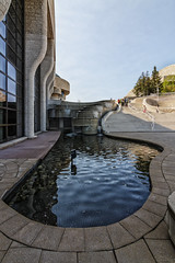 Museum of Civilization Pool (superdavebrem77) Tags: lines canon reflections curves perspective gatineau eos70d