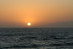 Sunset, Santa Monica (3/28/2008) (Sharon Mollerus) Tags: ocean sunset beach nature santamonica c15 subject xss