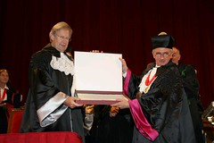 Laurea Honoris Causa a E. Gardiner (unipavia) Tags: john universit gardiner sir eliot laurea pavia causa honoris musicologia unipv unipavia