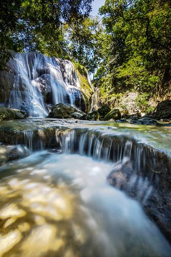 Air Terjun Oenesu , Kupang