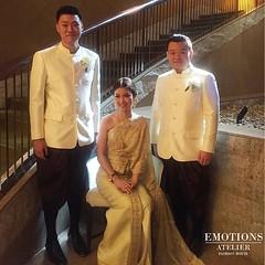 3.พี่น้อง คุณยุ้ย คุณฉัตร คุณเนม งามสง่าในชุดของห้องเสื้อ อีโมชั่นส์ Come to discover our Thai traditional dress. You will see the difference. #emotionsatelier_traditional สนใจลองชุดหรือต้องการให้ทางทีมงานออกแบบเพื่อคุณโดยเฉพาะ รับสั่งตัด+เช่าชุดแต่งงาน ช