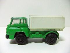 "Camin DODGE Barreiros C-38 T Cisterna ""Brigada Antifuego"" - GUILOY (RMJ68) Tags: cars truck toy camion dodge chrysler coches juguete diecast 166 c38 barreiros guiloy c38t"