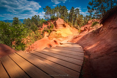 Sentier des Ocres @Roussillon (Benjamin MOUROT) Tags: light red sky orange france nature french landscape spring colorful view pov paysage roussillon sentier alpesdehauteprovence southfrance ocres minral photoshopcs3 1018mm canon70d benjaminmourot lightroom5
