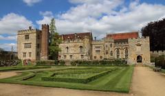Penshurst Place, Kent (AnthonyR2010) Tags: garden kent medieval manor sidney ebb manorhouse penshurst italiangarden penshurstplace grade1listedbuilding