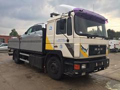 MAN 19.372 (Vehicle Tim) Tags: man truck f90 kran fahrzeug lkw m90 pritsche