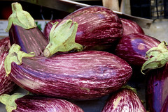 San Benedetto del Tronto, Markt, Auberginen (market, eggplants= (HEN-Magonza) Tags: italien italy italia market markt mercato sanbenedettodeltronto lemarche themarches diemarken