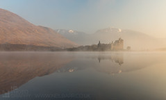 Kilchurn Castle (GenerationX) Tags: white mist castle water birds fog sunrise reflections landscape dawn mono mirror scotland unitedkingdom argyll ducks scottish neil calm barr macarthur gloaming lochawe lochobha kilchurn clancampbell