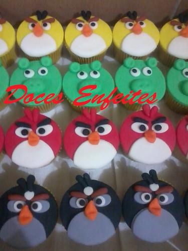 Festa Angry Birds (cupcakes modelados)
