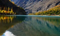 Khalti Lake (NotMicroButSoft (Fallen in Love with Ghizar, GB)) Tags: autumn pakistan lake nature gupis khalti gilgitbaltistan